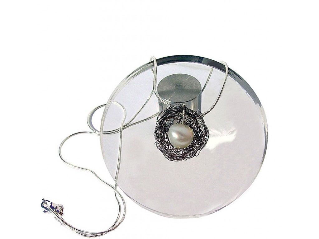 BALL-PEARL, STAINLESS STEEL PENDANT. Original Handcrafted Jewel - VOCBALL02PER - Original Version