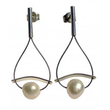ONDA-PEARL, STERLING SILVER EARRING. Original Handcrafted Jewel - VOPONDAPER01 - Original Version